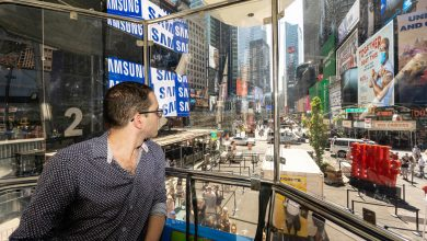 The Times Square Ferris wheel is a lousy rip-off