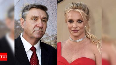 Britney Spears' father James Spears willing to step down from conservatorship 'when the time is right' - Times of India