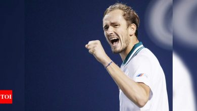 Daniil Medvedev dominates John Isner to face Reilly Opelka for Toronto title | Tennis News - Times of India