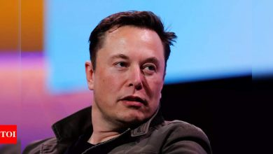 Elon Musk thinks here's why Jeff Bezos retired as Amazon CEO - Times of India