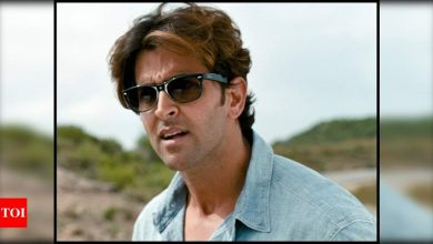 Hrithik Roshan's 'Not Funny' dialogue from 'Zindagi Na Milegi Dobara' sparks a meme-fest on social media; check them out - Times of India