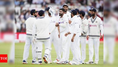 India vs England 2nd Test Live Score, Day 3: India eye early wickets in first session  - The Times of India