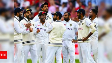 India's late strike leaves 2nd Test evenly poised | Cricket News - Times of India