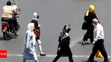 Iran records over 500 Covid deaths, new high, says ministry - Times of India