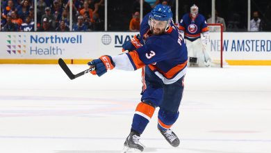 Islanders' Adam Pelech signs eight-year contract extension