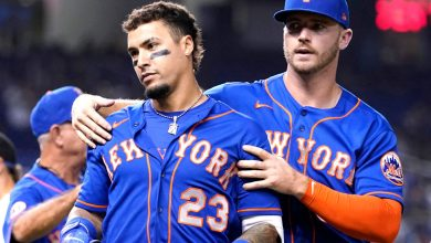 Javier Baez almost has first altercation as a Met