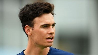 Nathan Gilchrist takes five as Kent mount spirited defence against Middlesex