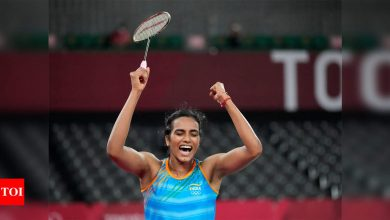 PV Sindhu India's pride, one of our most outstanding Olympians: PM Narendra Modi | Tokyo Olympics News - Times of India