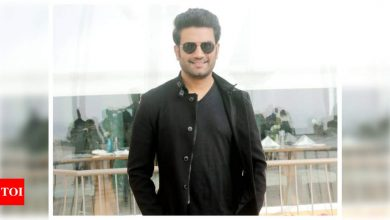 Sharad Kelkar reveals he was 'replaced' after giving 30 retakes for a show because of his 'stammering' - Times of India
