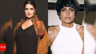 Sona Mohapatra supports Mandira Bedi for performing Raj Kaushal's last rites: No one should have to experience that - Times of India
