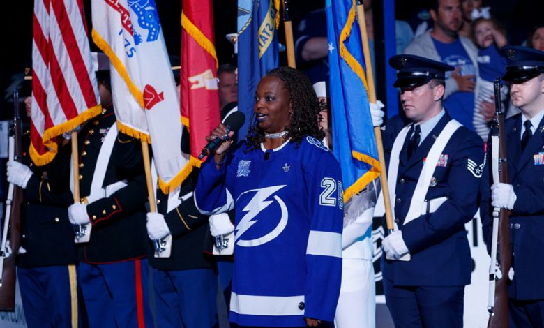 Sonya Bryson sings the national anthem before a Lightning game in 2018.