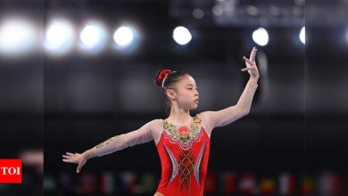 Tokyo Olympics: Chinese gymnast Guan Chenchen wins gold in balance beam | Tokyo Olympics News - Times of India