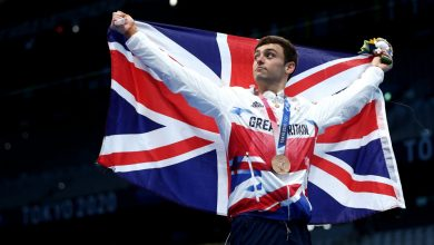 Tom Daley wins Olympics bronze in 10m platform after gaining knitting fame