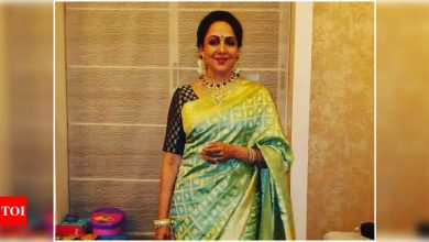 When Hema Malini opened up about being ridiculed for wearing sarees - Times of India