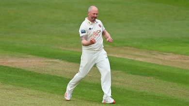 Darren Stevens at it again to spark Middlesex collapse on opening day
