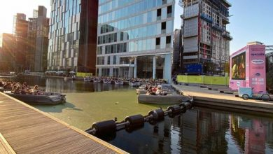 Enjoy a classic film in London's most fun outdoor cinema - watch your favourites on a boat