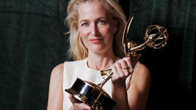 Gillian Anderson's accent blows minds at Emmys: Duh, she's an American
