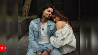 """Janhvi Kapoor wishes her """"best human"""" Akshat Ranjan on his birthday: I love you - Times of India"""