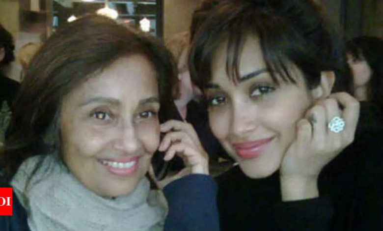 Jiah Khan's mother reacts to court order, talks about CBI's 'lack of findings' - Times of India