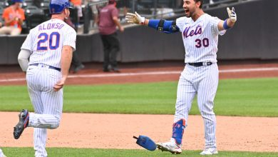 Mets keep pulling their fans back for more