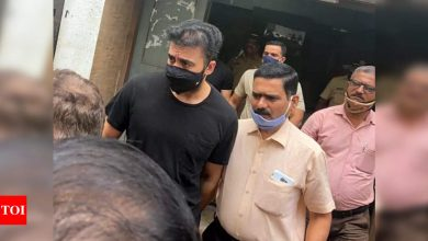 Raj Kundra granted bail in pornography case on Rs 50000 surety - Times of India ►