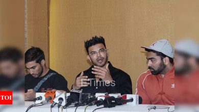 """Sahil Khan holds press conference for Manoj Patil suicide case, says """"Everyone side-lined the main issue and covered the suicide"""" - Times of India"""