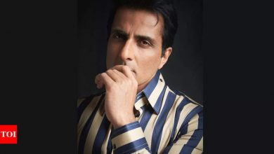 Sonu Sood issues statement after alleged 20 crore tax evasion: Every rupee in my foundation is awaiting its turn to reach the needy - Times of India