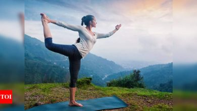 The 11 don'ts of yoga - Times of India