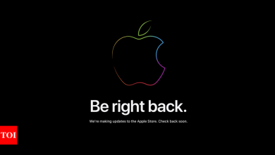 apple:  Apple iPhone launch event: Apple Store goes down - Times of India